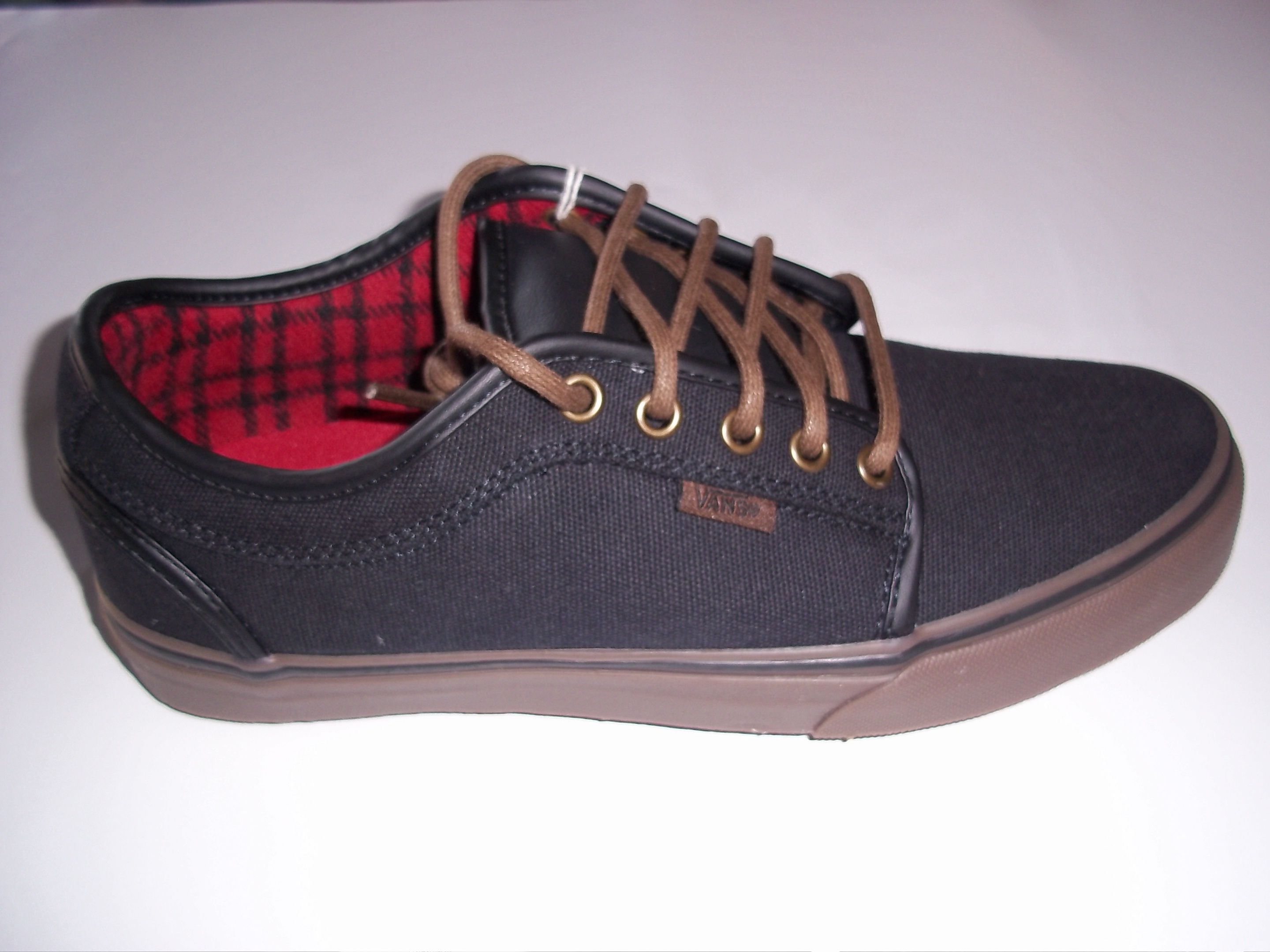 vans chukka low cheap airline