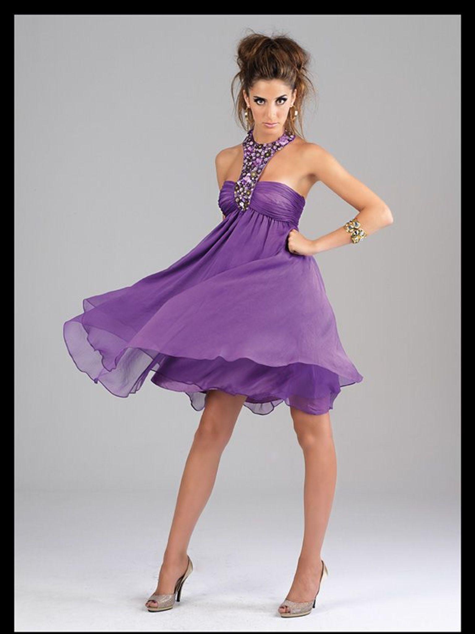 Vestido corto, también disponible en verde agua. | 2013 Colección ...