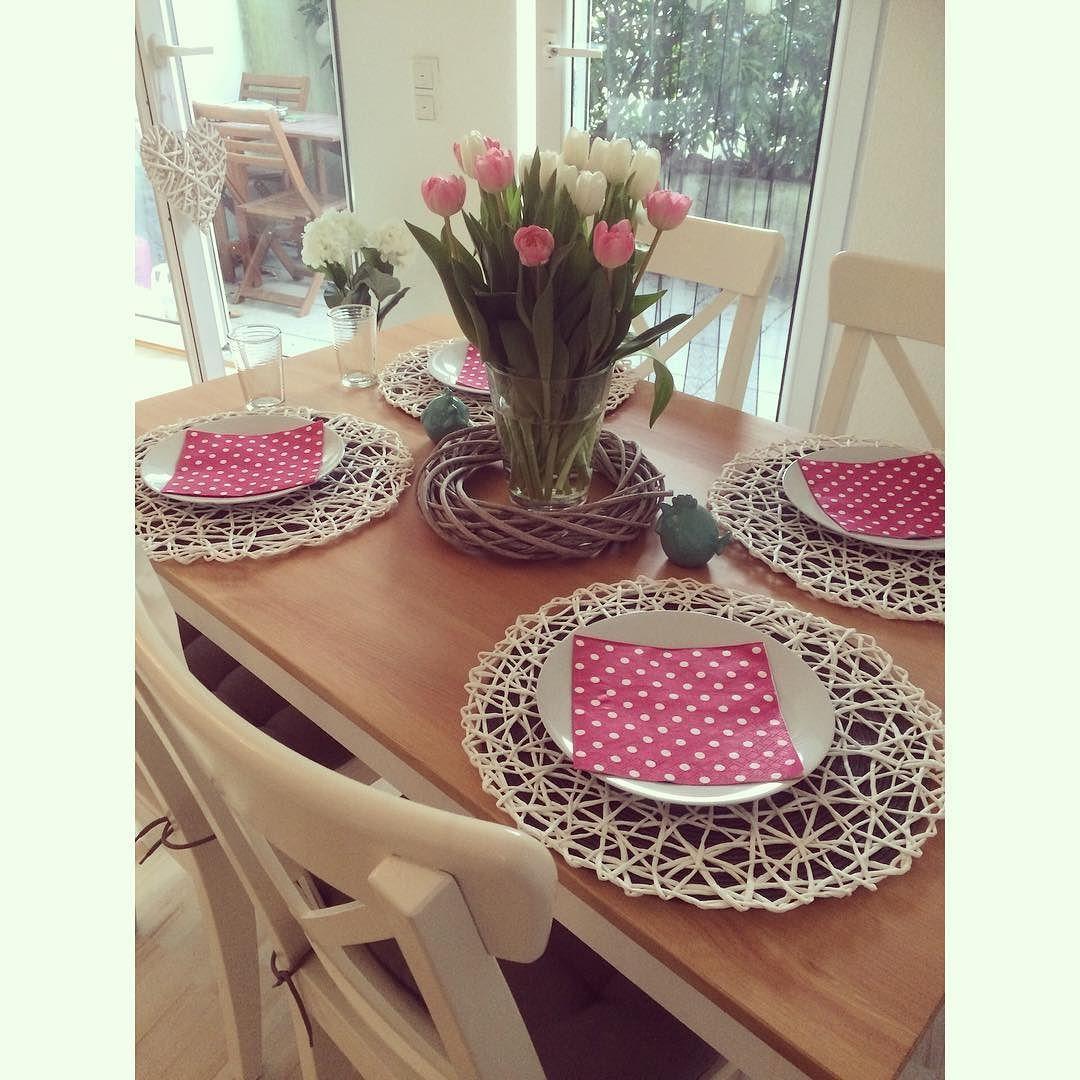 Happy Easter #Ostern #Tisch #Tulpen #Ikea #decoration #vintage #holz