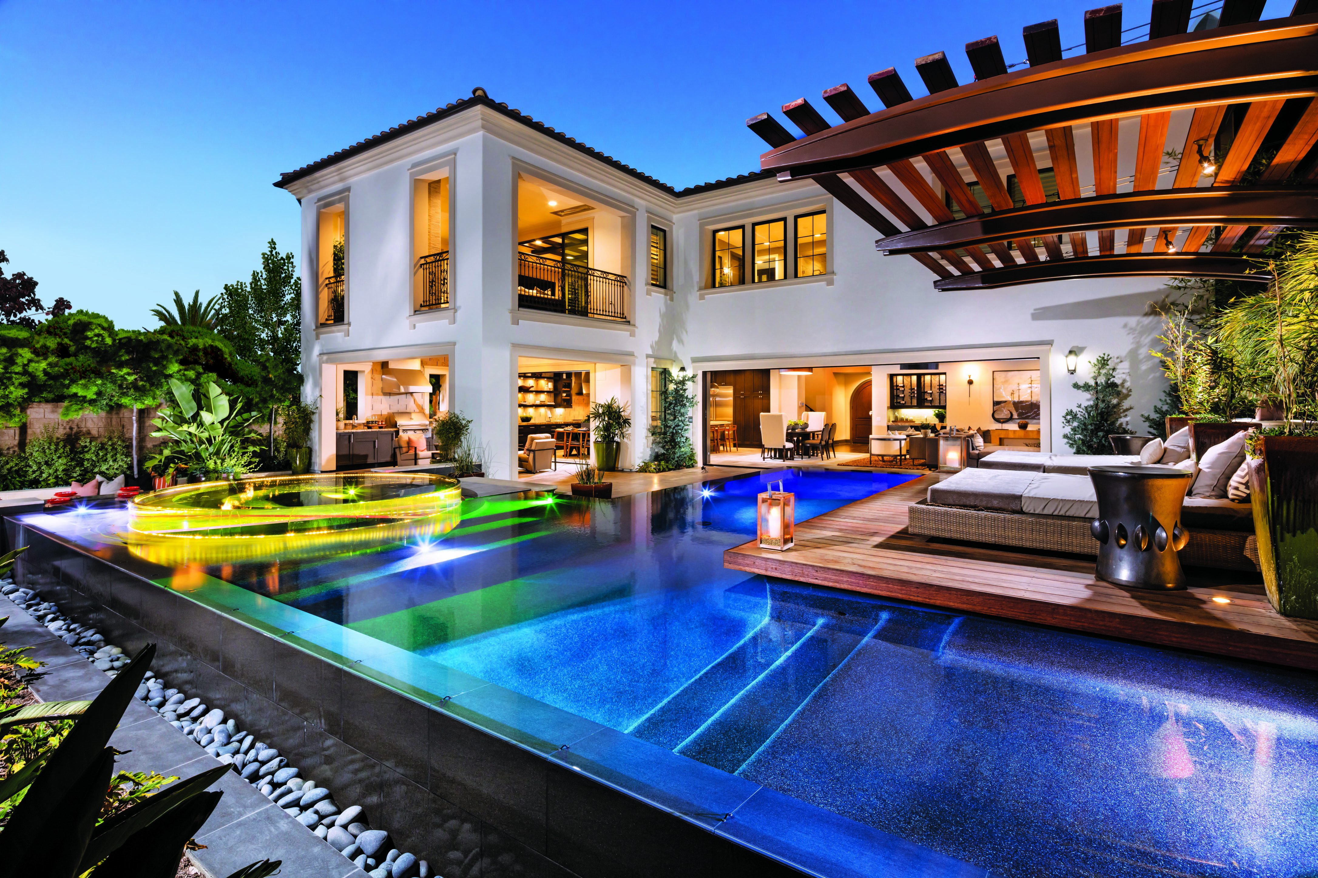 Hidden Canyon Offers Luxury Pools And Swim Up Decks Luxury Homes Dream Houses Mansions Dream House Exterior