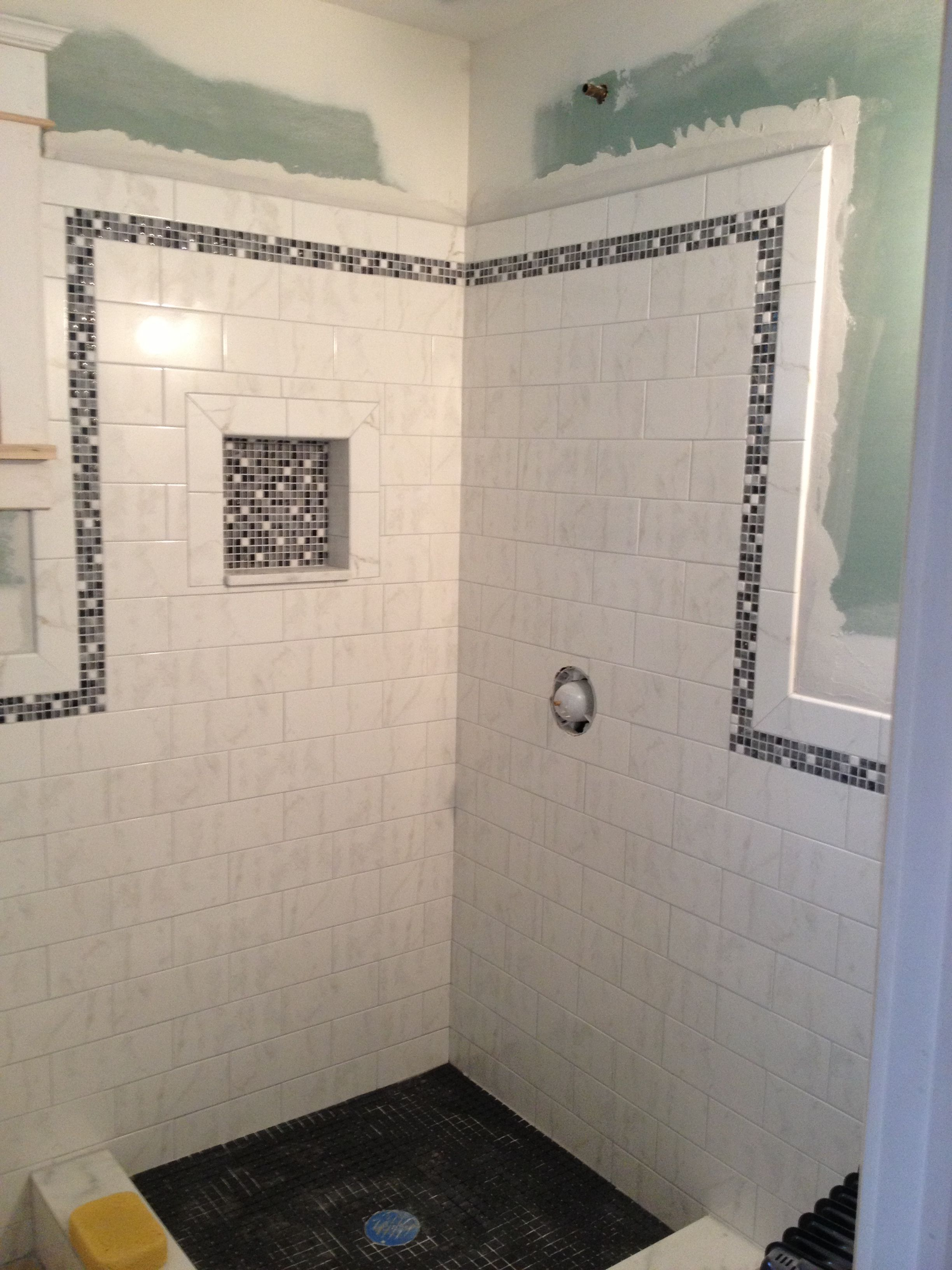 i want oversized subway tiles with colored mosaic border and inset rh pinterest com