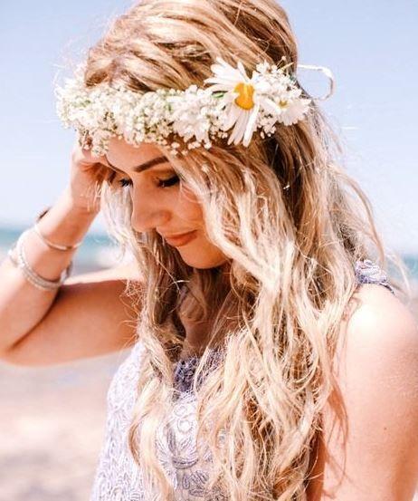 16 Hairstyles Flowers