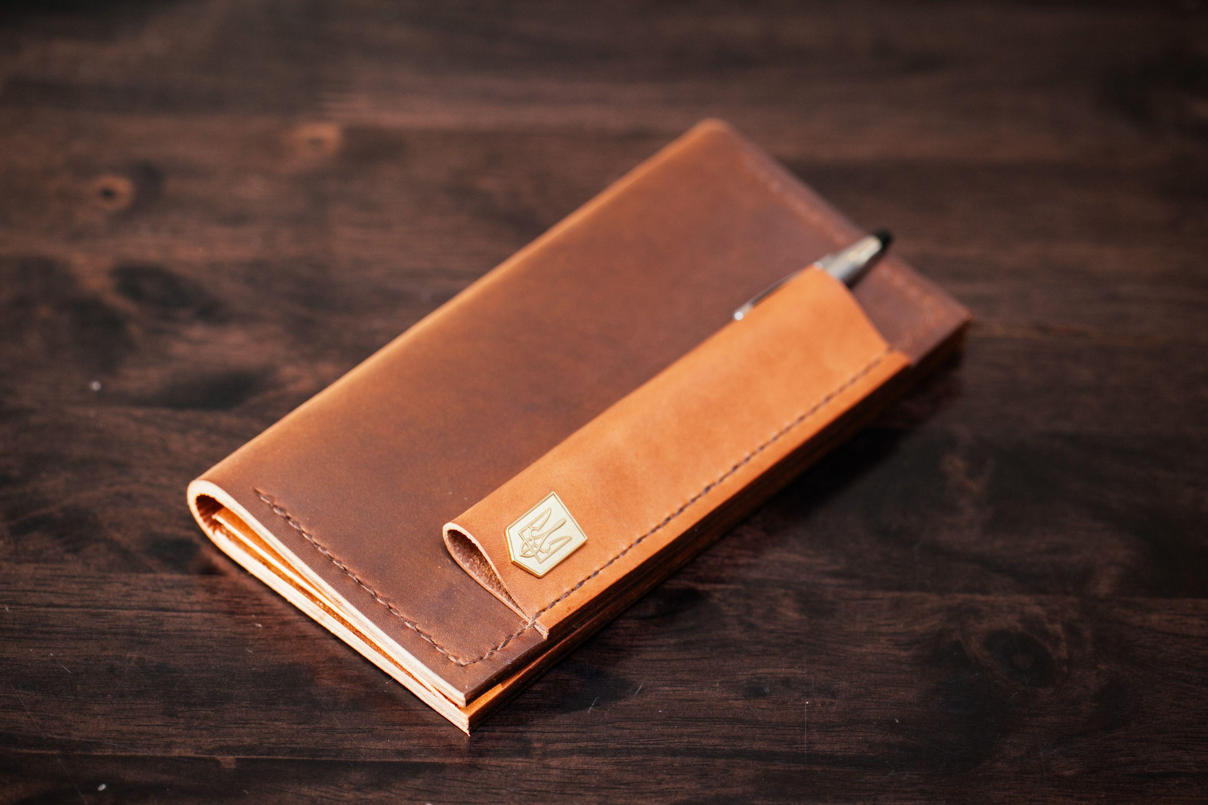 handmade bespoke leather checkbook cover leathercraft checkbook rh pinterest com