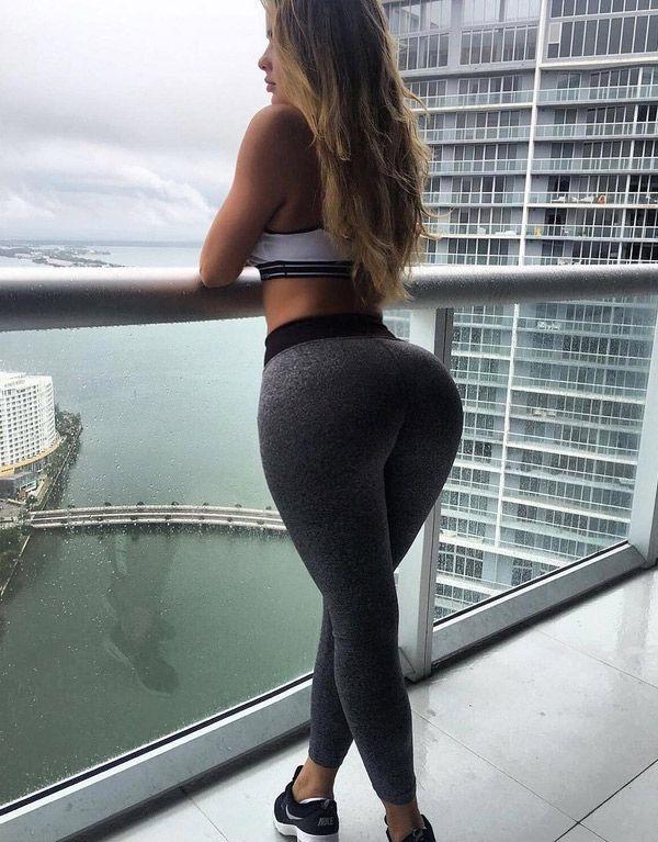 Anastasiya-Kvitko | yoga pants | Pinterest
