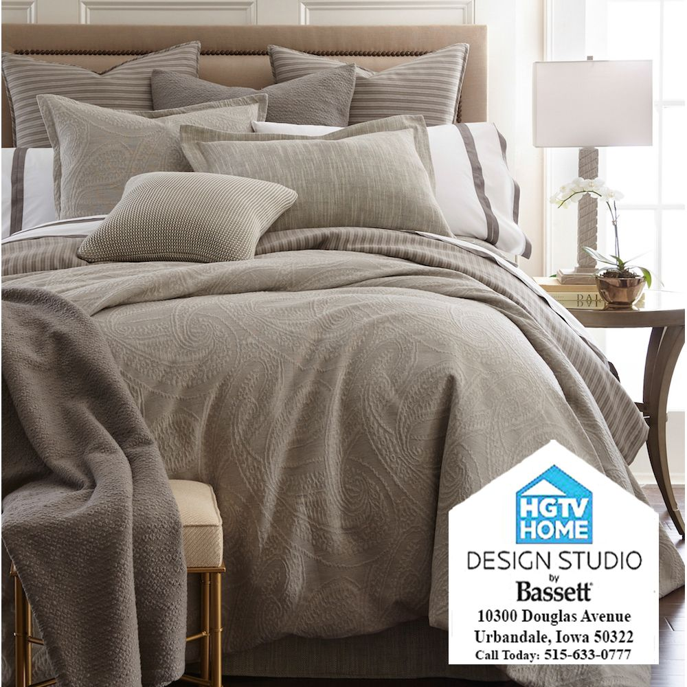Designer bedding is now available from the hgtv home design studio by bassett in des moines iowa all quilts are handmade so no two will be exactly alike also rh pinterest