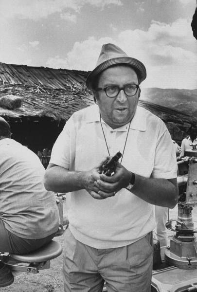 Director Sergio Leone On Location For C Era Una Volta Il West Sergio Leone Film Director Spaghetti Western