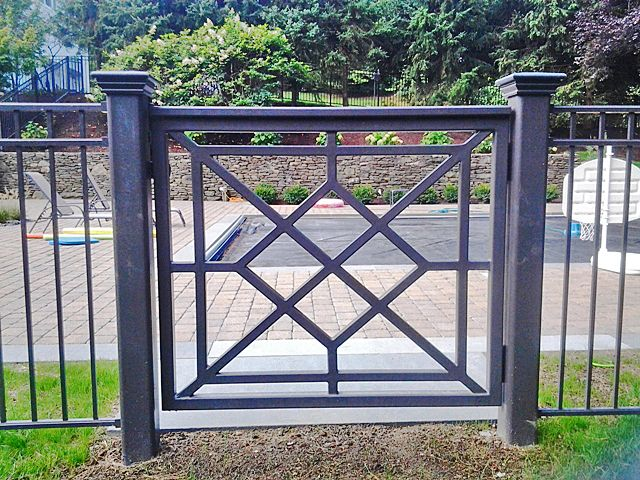 Anti Rust Decorative Iron Fence Panels Cast Iron Railing Multi Design