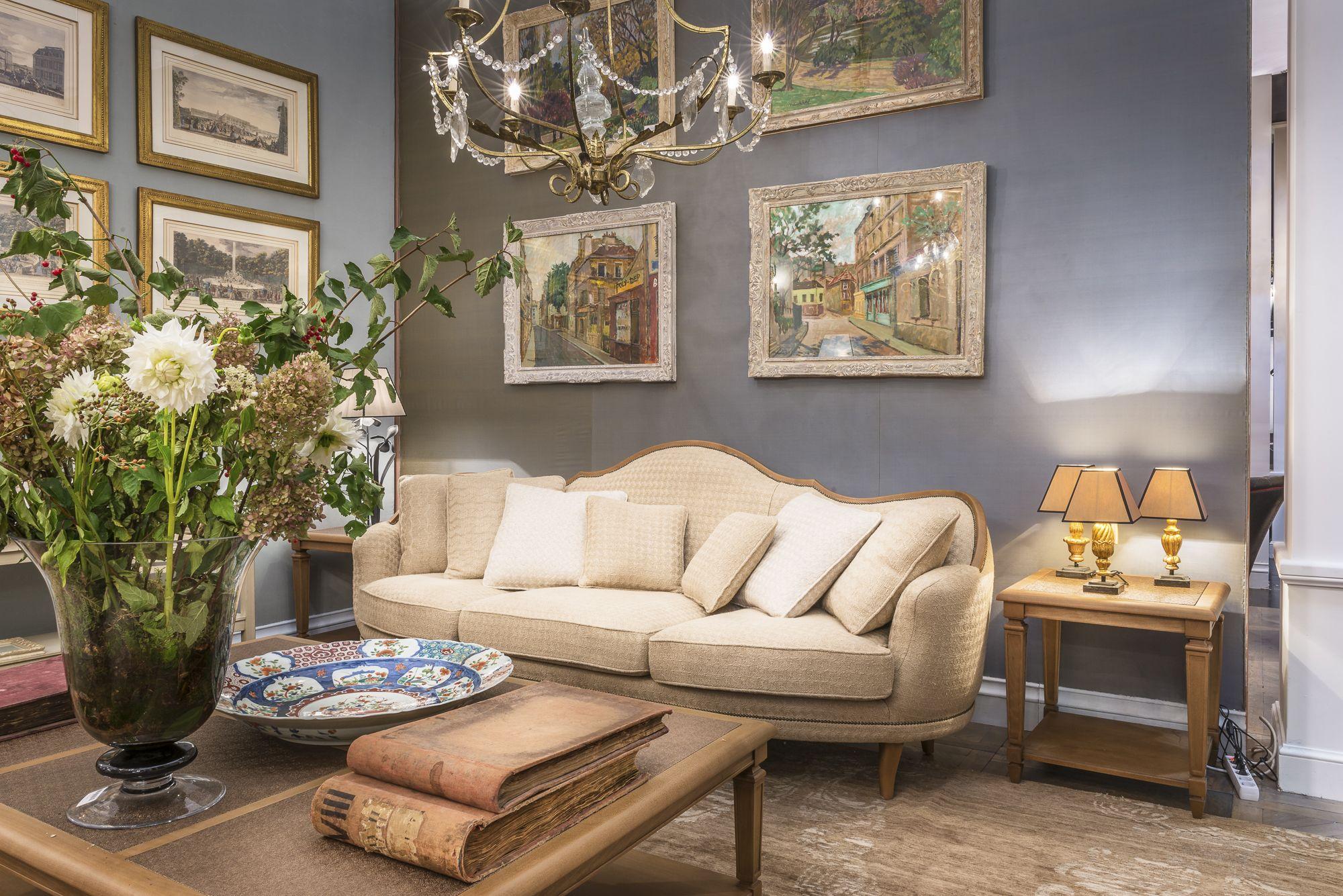 18th Century Revisited By Mis En Demeure Smart And Sober Living Room Maison Et Objet Deco Maison