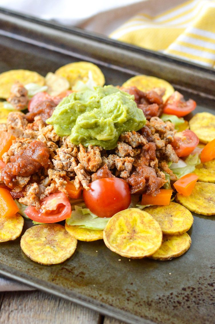 2. Ground Turkey Plantain Nachos #whole30 #recipes http://greatist.com/eat/whole30-recipes-for-lunch