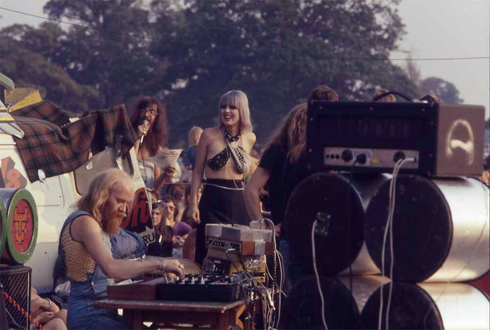 HAWKWIND - 1973. Windsor  Festival. DEL DETTMAR & Co. Photo by ALUN ANDERSON. Custom speaker cabs & drum head by BARNEY BUBBLES!