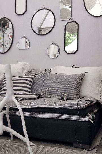 d co du salon les 30 d tails qui changent tout great indoors pinterest deco miroir et salon. Black Bedroom Furniture Sets. Home Design Ideas