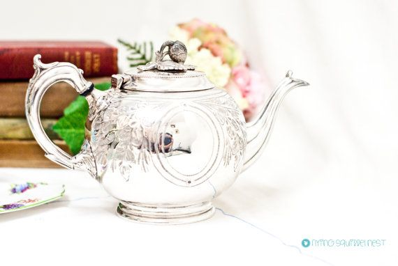 Antique Francis Howard Teapot / tea kettle by FlyingSquirrelNest, £49.99