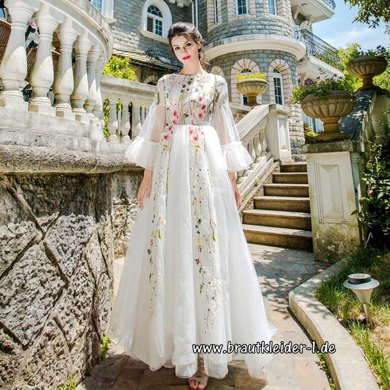 Vintage Brautkleid 2018 Clara mit Blumen Stick im Brautkleider-Shop ...
