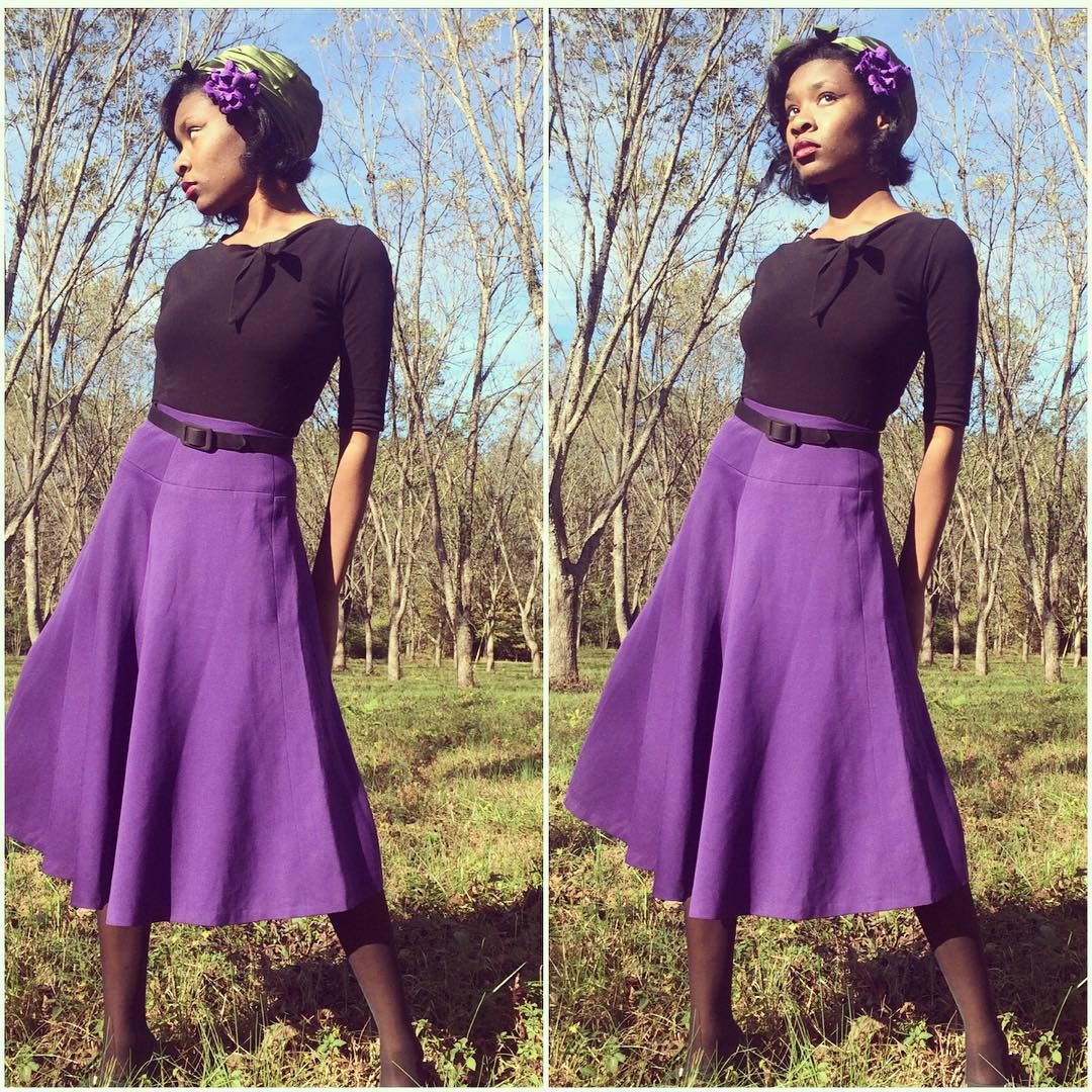"""Adding color to give me some luck this Friday 13th. Top from @heartofhaute, 1940s skirt from @vintagewhimsy #blackpinup #socialootdclub """