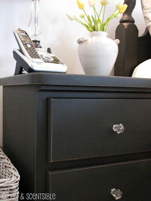 Clean & Scentsible Annie Sloan chalk paint bedroom furniture