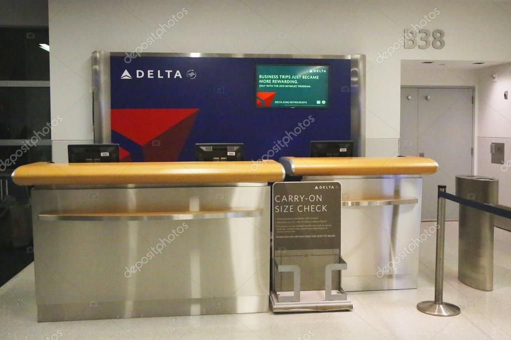Image result for airport check in desk delta | Airport ...