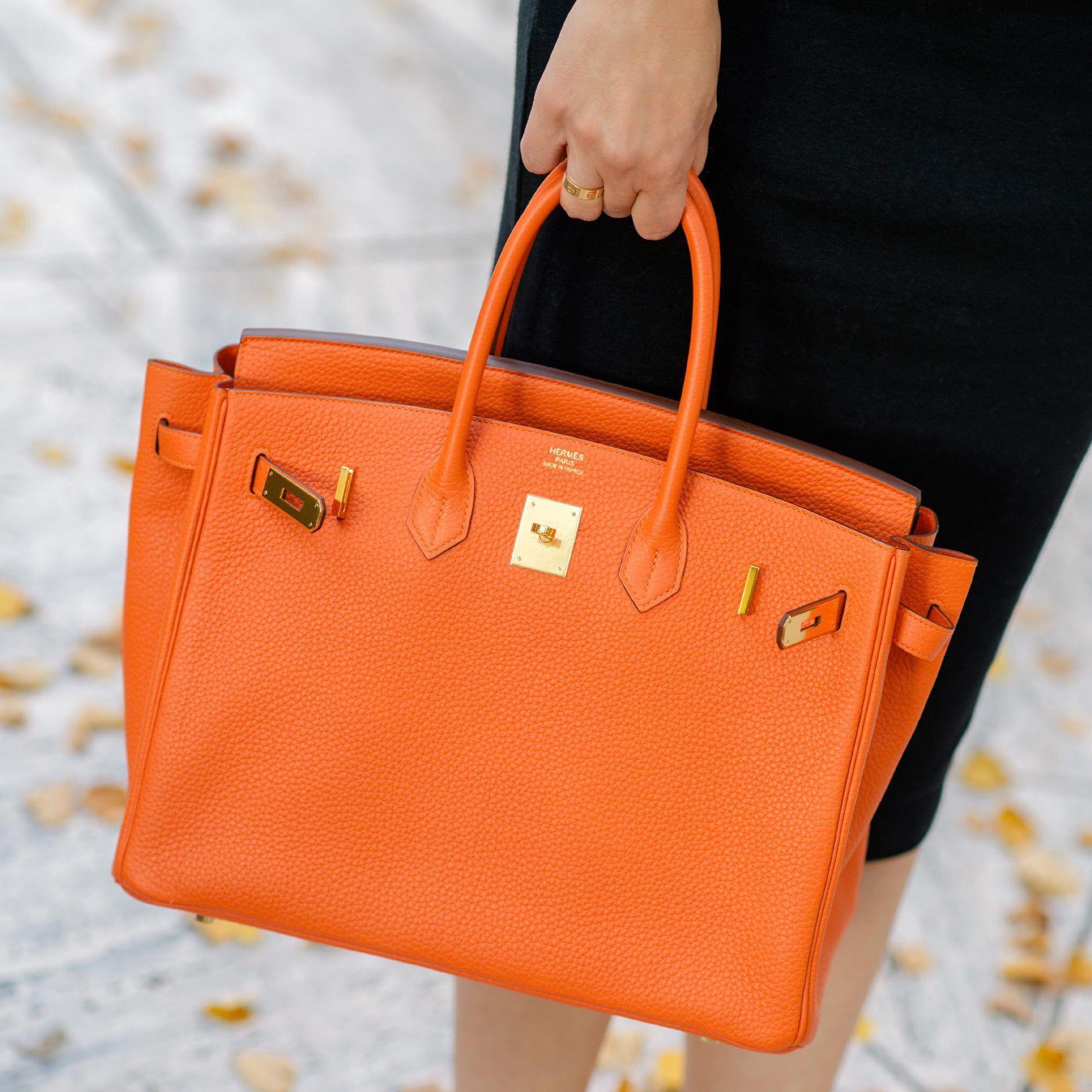 819056875dbf Outfit  Orange meets Black
