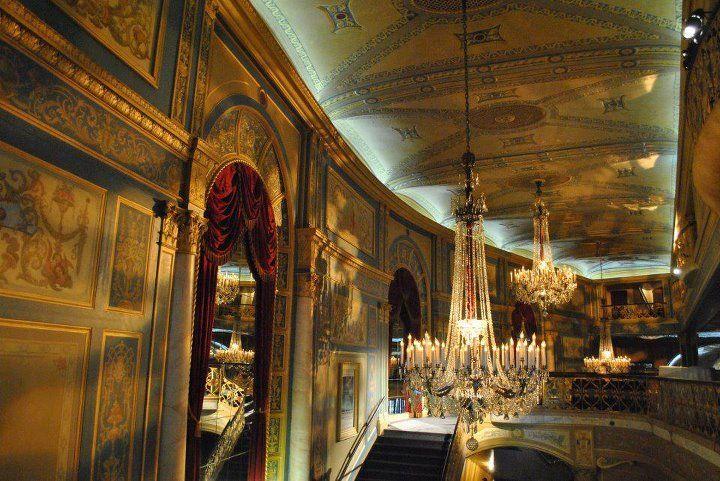 Detroit opera house mezzanine historically michigan opera