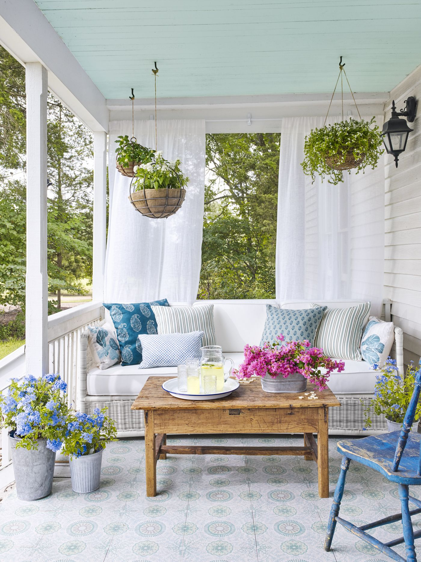 21 ways to revive the lost art of porching porch and for Patio decorating photos