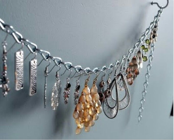 jewelry display chain to hang items from for display aufbewahrung pinterest schmuck. Black Bedroom Furniture Sets. Home Design Ideas