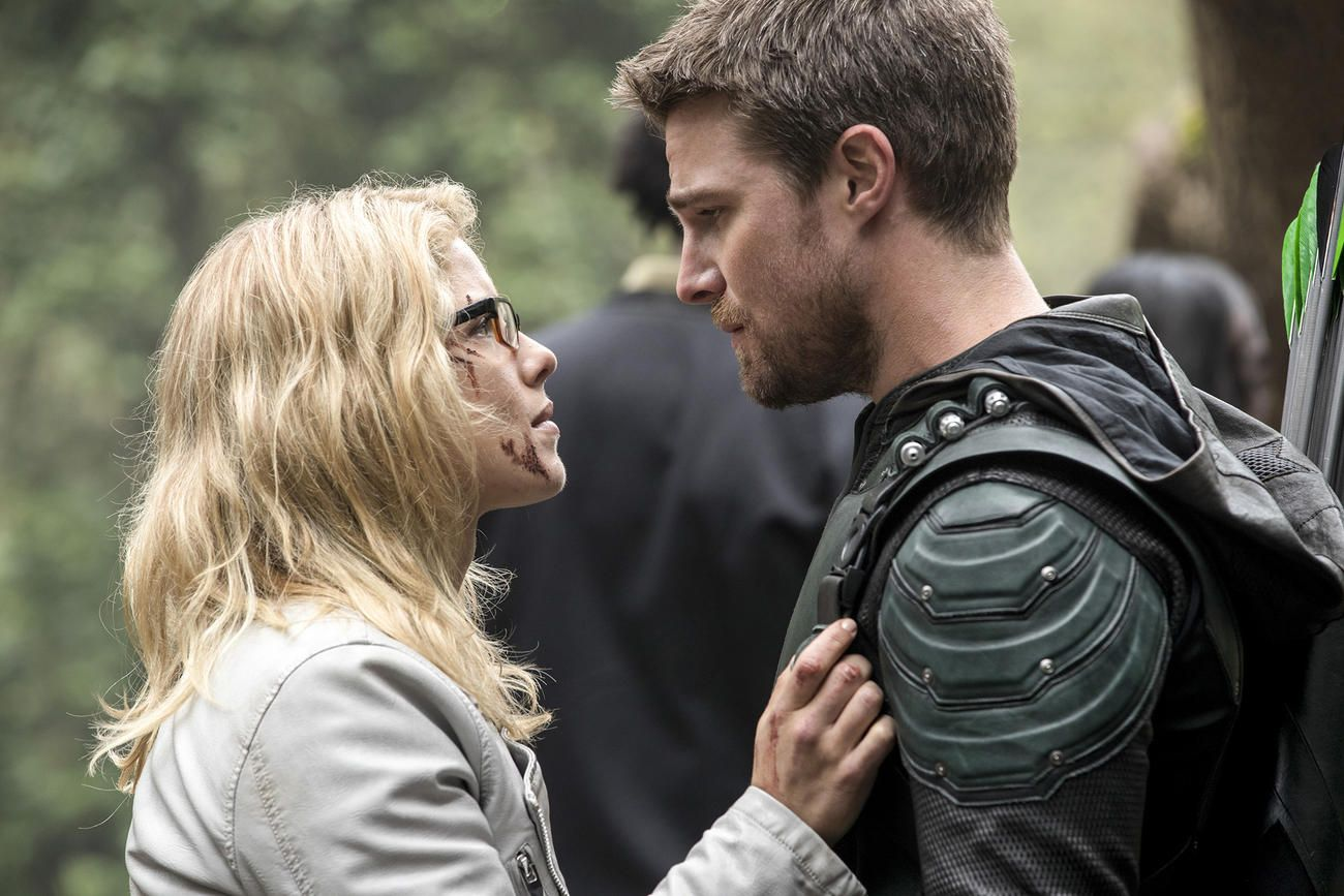 news about oliver and felicity