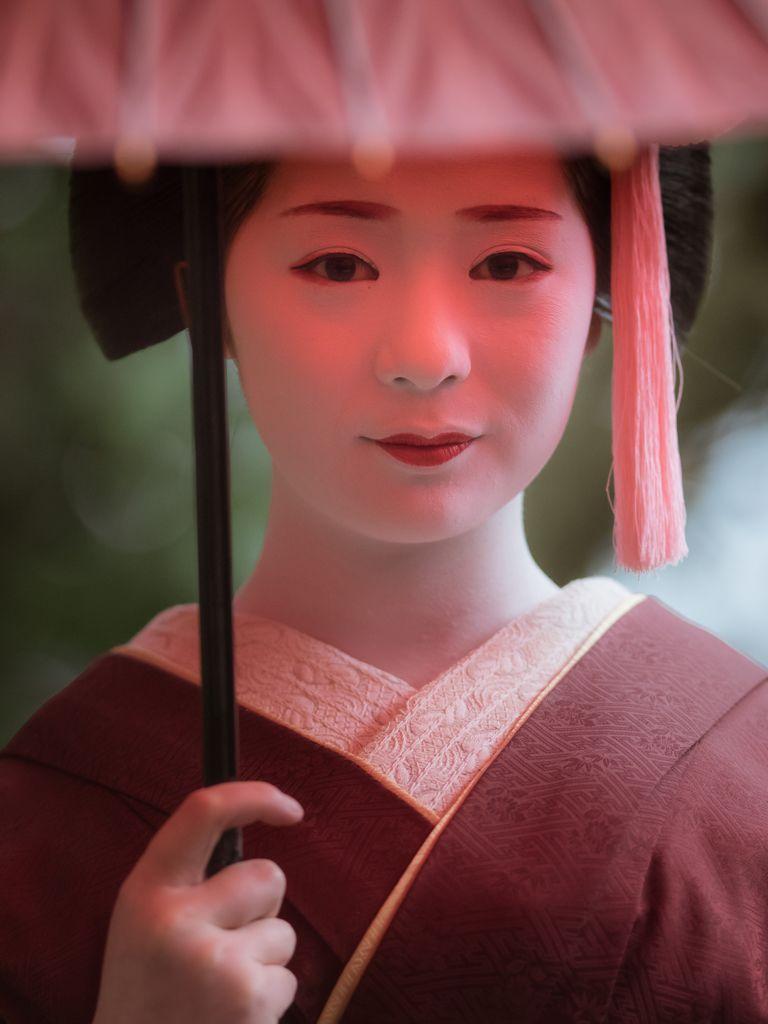 maiko 舞妓 Miyagawacho 宮川町 Fukutomo ふく朋 KYOTO JAPAN