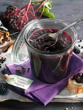 Brombeer-Holunder-Aufstrich mit Zimt – Carey&CleanEatingS