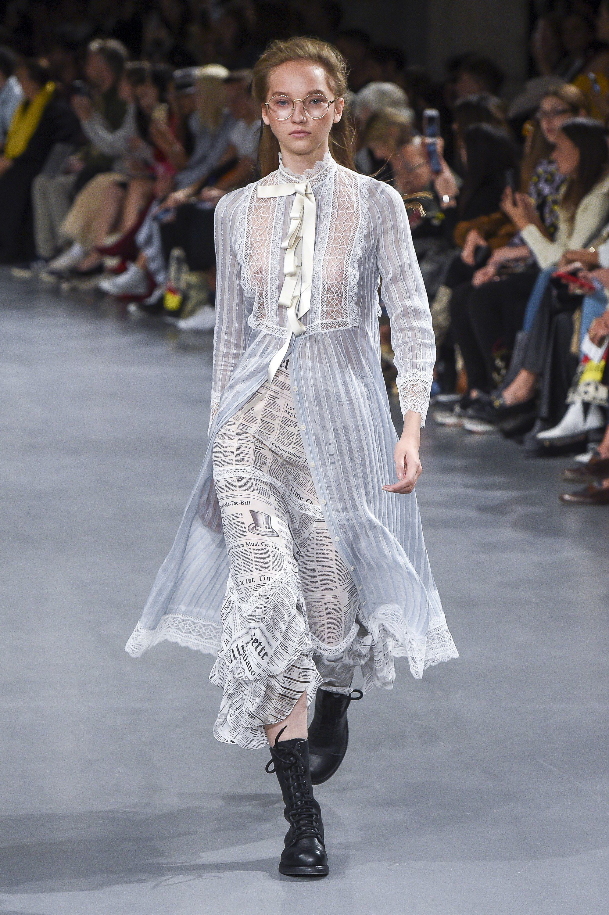 65edaa323a428a John Galliano Spring 2019 Ready-to-Wear Fashion Show Collection: See the  complete John Galliano Spring 2019 Ready-to-Wear collection. Look 7