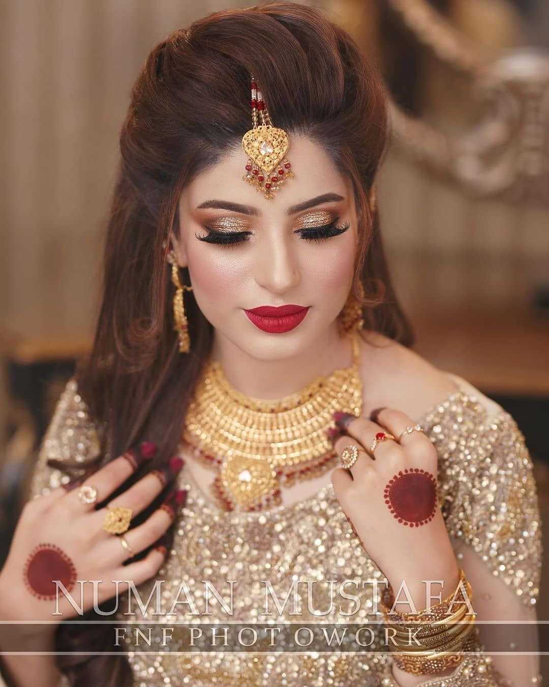 3 837 Likes 4 Comments Dulha Dulhan Dulhaanddulhan On Instagram Contact Us Pakistani Bridal Hairstyles Pakistani Bridal Makeup Bridal Makeup Wedding