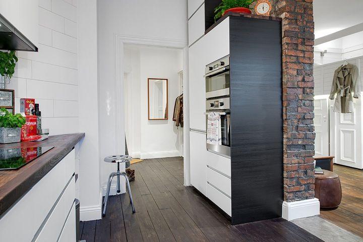 Loft com estrutura aparente. Veja: http://casadevalentina.com.br/blog/detalhes/estrutura-aparente,-loft-atualizado-2924 #decor #decoracao #interior #design #casa #home #house #loft #idea #ideia #detalhes #details #style #estilo #casadevalentina #kitchen #cozinha