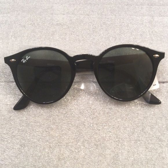 10a58ed96d9b Black! NWT! Authentic Ray-Ban ORB 2180