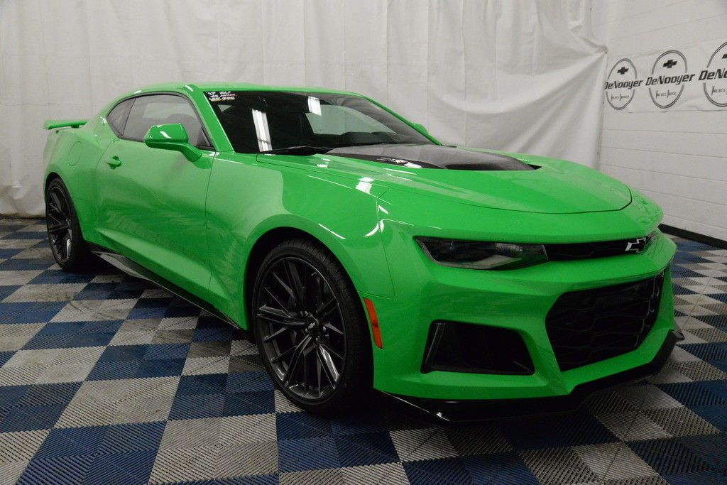 Awesome Awesome 2017 Chevrolet Camaro Zl1 Certified Pre Owned Warranty Krypton Green 6 2l V8 Supercharged 6 Speed Manual Chevrolet Camaro Zl1 Camaro Zl1 Camaro