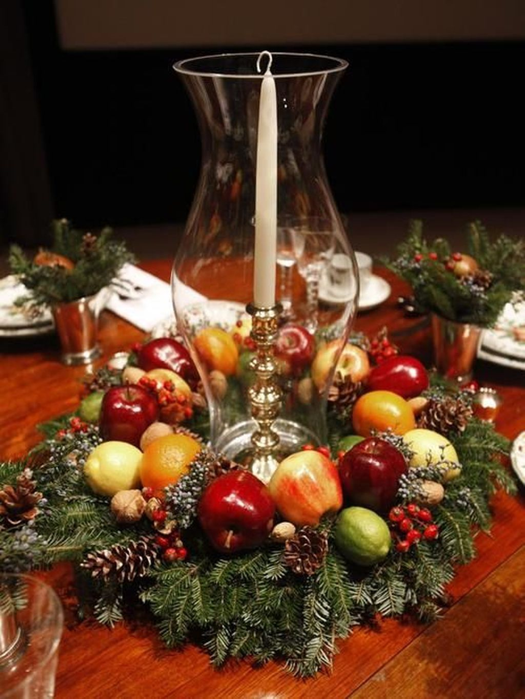 20 lovely traditional christmas decorations ideas