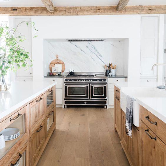 20 Breathtaking Farmhouse Kitchens | The Unlikely Hostess