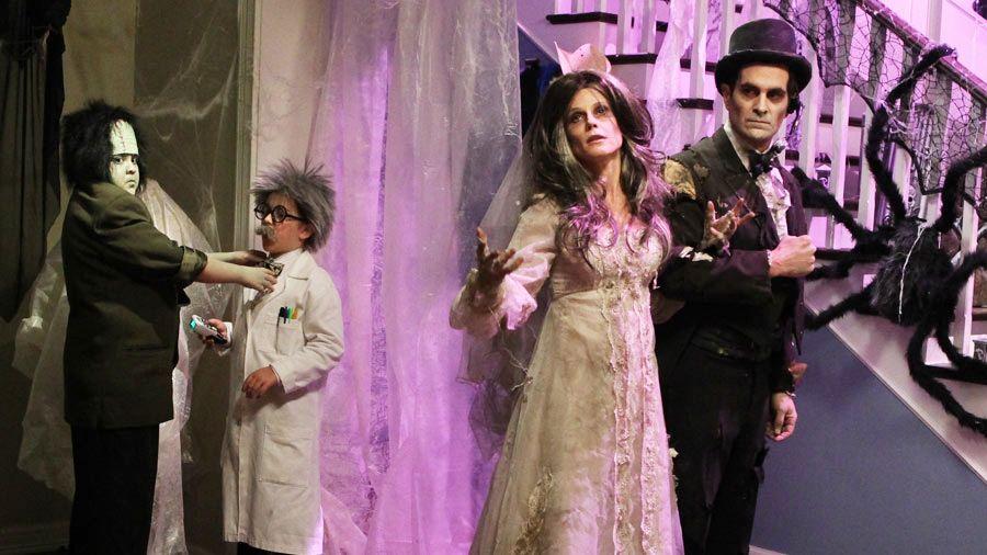 15 Best Halloween TV Episodes Family halloween costumes
