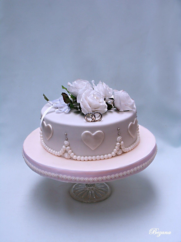 floral cake design logo Small wedding cake  Small wedding cakes, Wedding cake