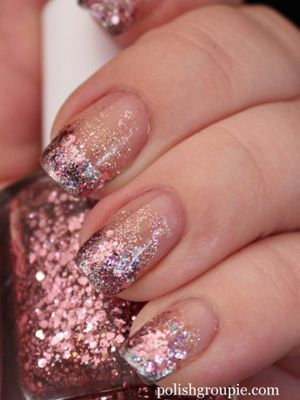 Here S How To Give Yourself A Fancy Glitter Manicure For Valentine Day Plus Other Cool Nail Art Ideas