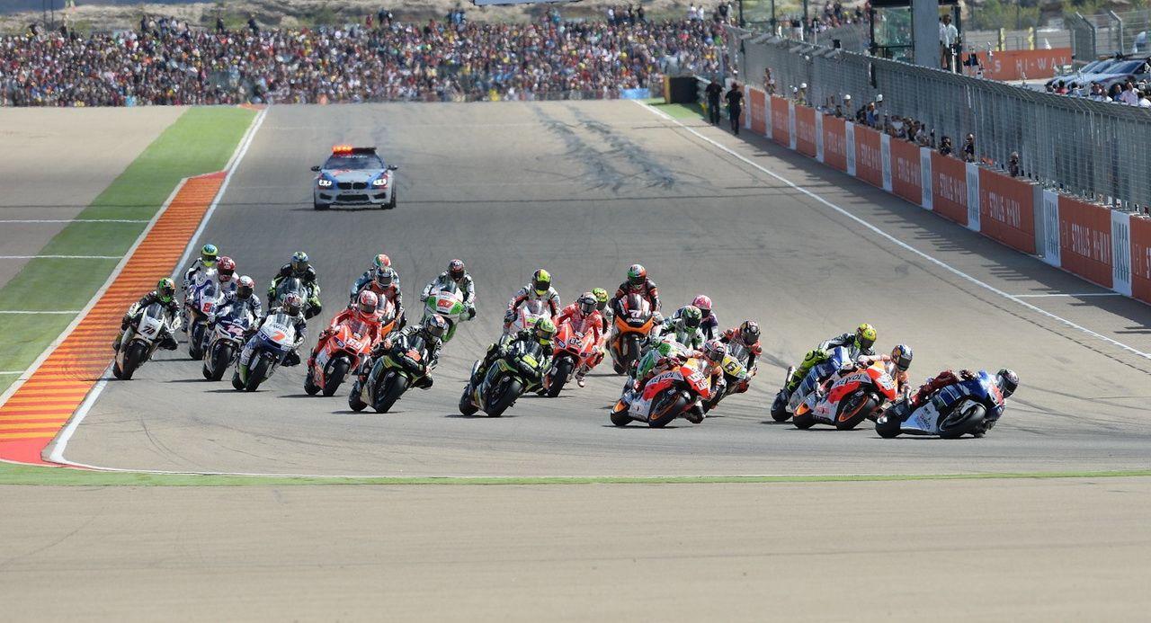 Jadwal Tayang MotoGP Aragon 2014, Tayang di Trans 7, 28 September, 19.00 WIB - http://iotomotif.com/jadwal-tayang-motogp-aragon-2014-tayang-di-trans-7-28-september-19-00-wib/32098 #JadwalMotoGP, #JadwalMotoGP2014, #JadwalMotoGPAragon, #JadwalMotoGPAragon2014, #MotoGPAragon2014