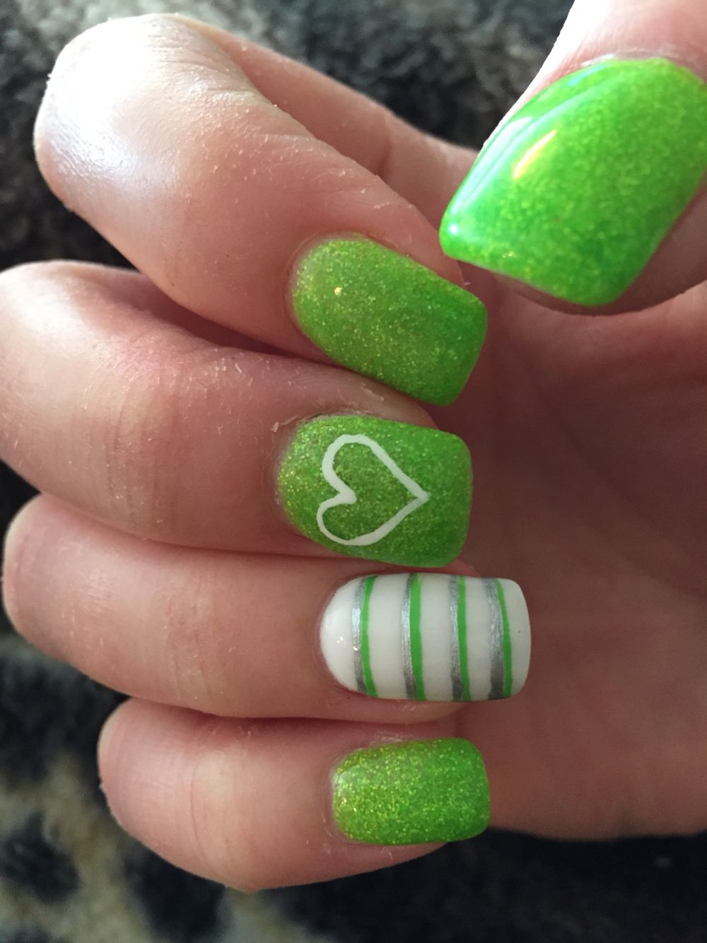 Lime green nails. | Uñas | Pinterest