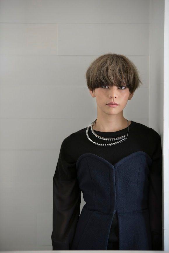 バッグ ヘアカット ショート ヘアスタイル 短い髪のためのヘアスタイル