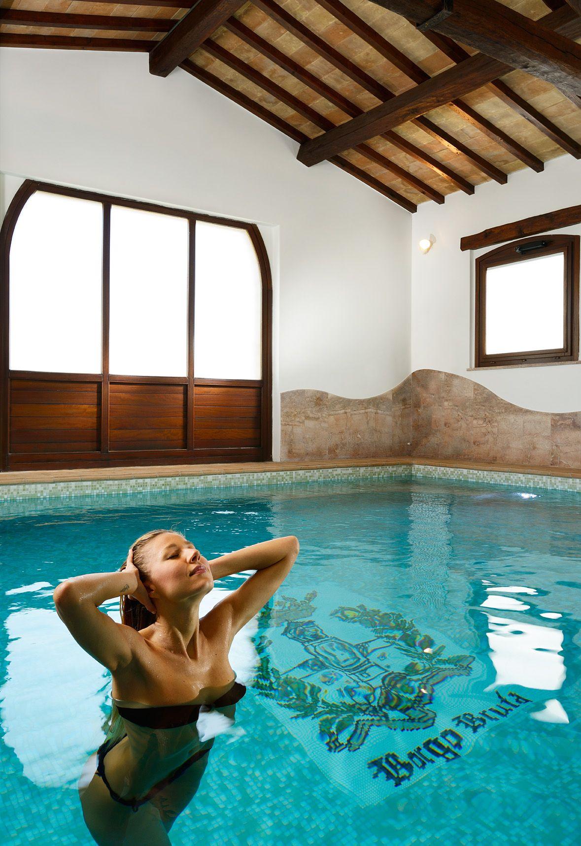 Relax assicurato nell 39 imperial suite con sauna ad infrarossi e piscina privata http www - Suite con piscina privata ...