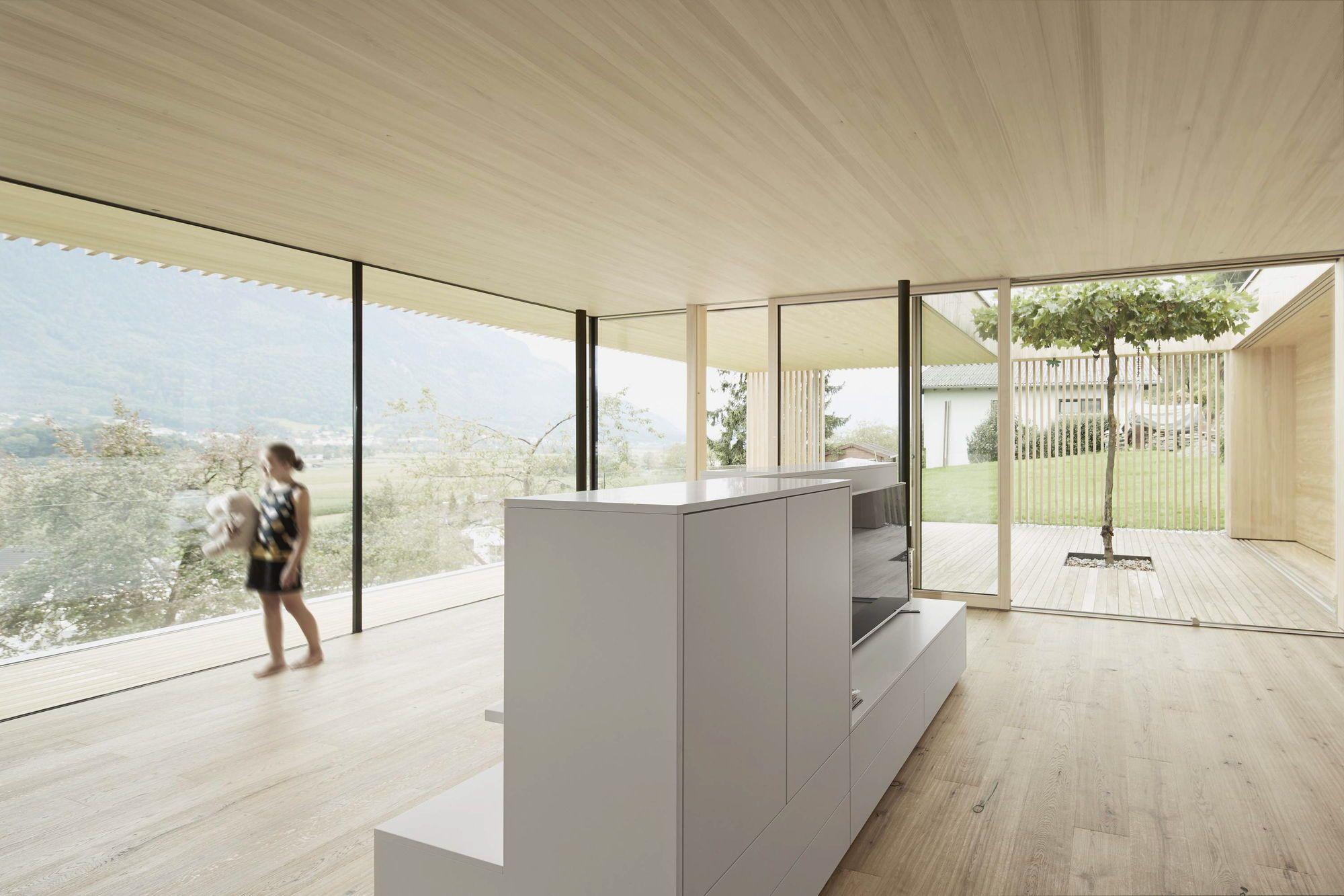 Haus am Fels, Feldkirch | Vorarlberger Holzbaukunst ...