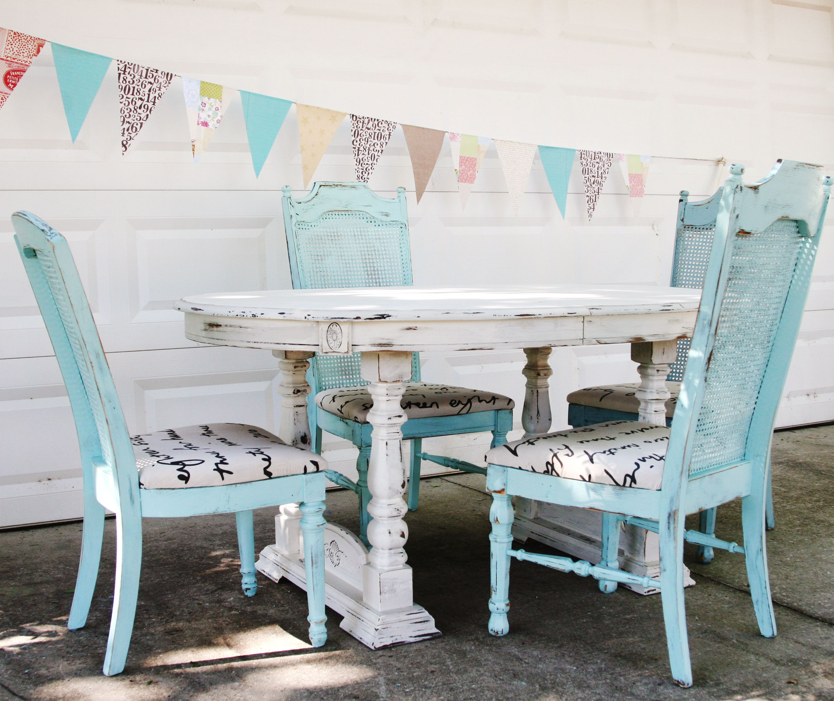 retro+chic+dining+room | in dining distressed shabby chic table and ...