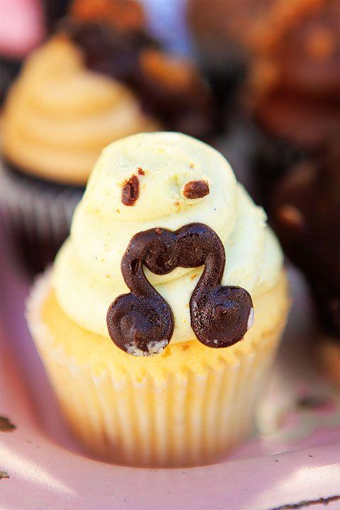 mustache cupcake haha