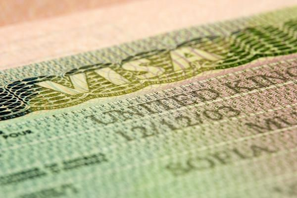 Citizenship: Sold to the highest bidder!  The world's wealthy are able to buy entry visas to countries like Australia and the U.S.  How much is U.S. citizenship worth?  You might be surprised by the answer... - CNBC