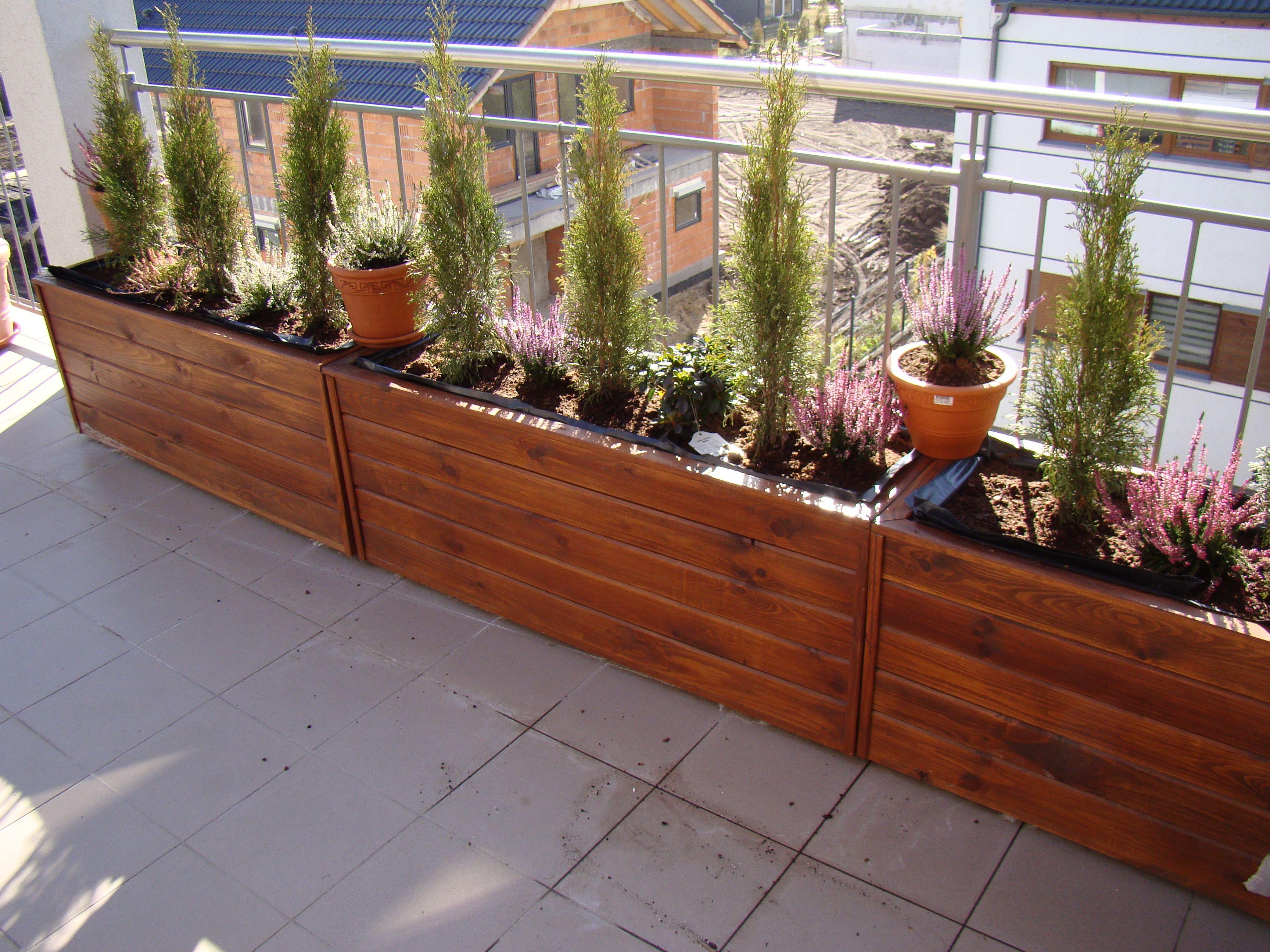 Drewniane Donice Skrzynie Wykonawstwo Www Meblesadowscy Pl House Plants Decor Plant Decor Plants