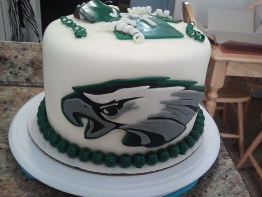 Philadelphia Eagles Cake by TAINAKITCHEN CakesDecor