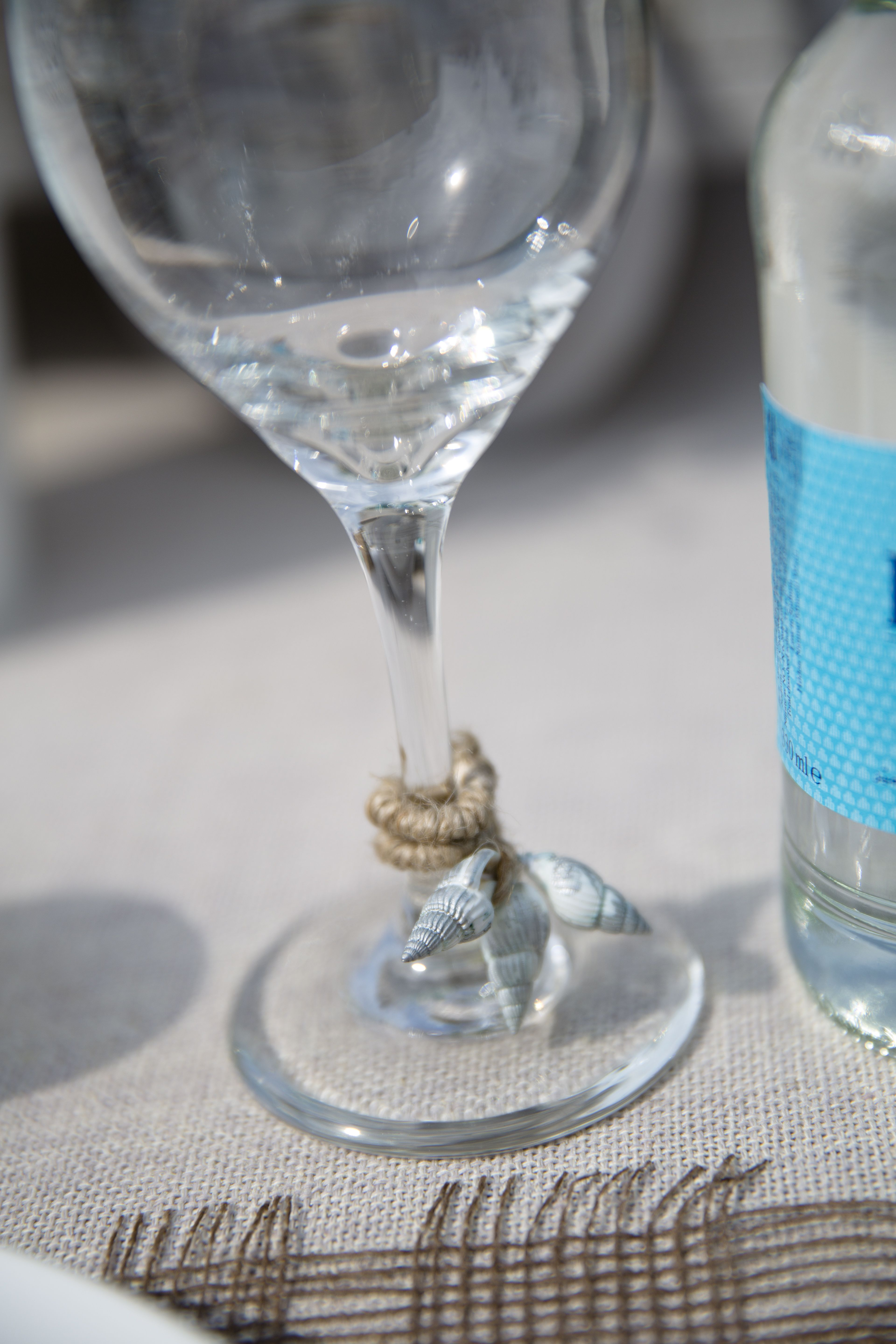 Beach Themed Table Setting Ideas Part - 50: Beach Theme Table Setting: Glass Wrapped With Shells And String