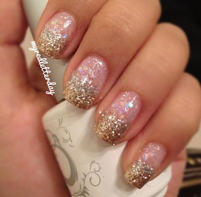 glitter ombre manicure  source myredletterday via tumblr
