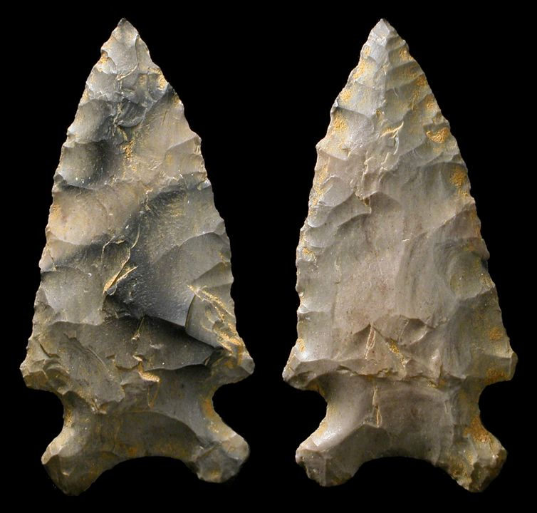 dating native american arrowheads An arrowhead is a tip stone projectile points dating back 64,000 years were archeologists in louisiana have discovered that early native americans used.